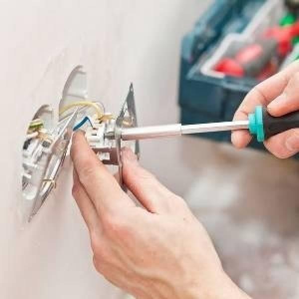 Curso de Instalador Elétrico Melhores Preços na Vila Prado - Curso de Instalação Elétrica na Zona Sul