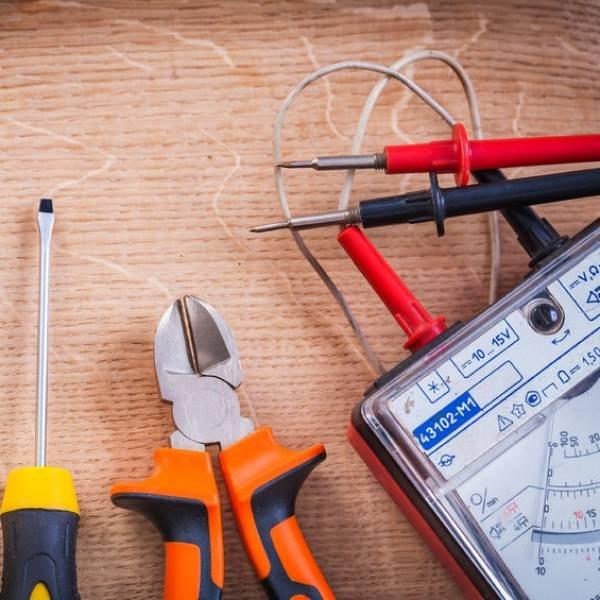 Curso de Instalador Elétrico Menores Preços Bela Vista - Curso de Instalação Elétrica Presencial