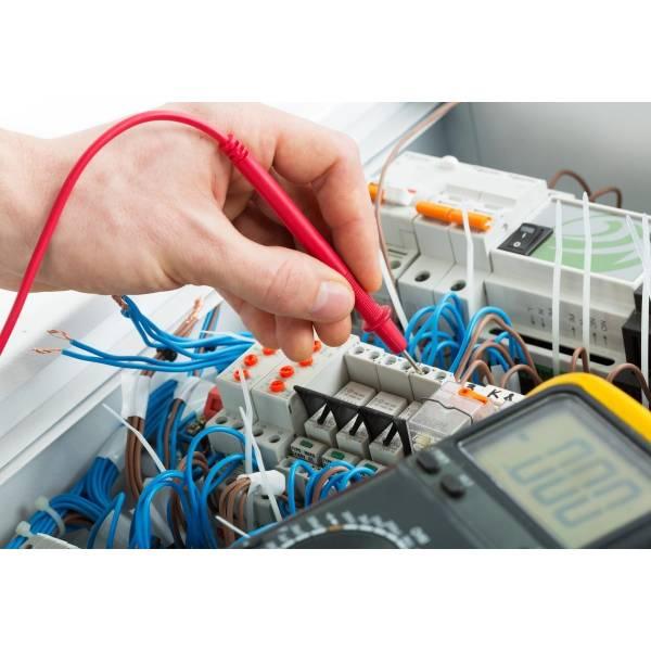 Curso de Instalador Elétrico Preços na Chácara Armond - Curso de Instalação Elétrica Predial