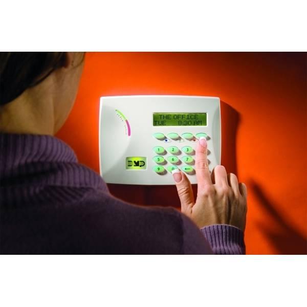 Curso para Instalações de Alarmes Preços Baixos no Jardim Britânia - Preço de Curso de Instalação de Alarme